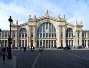 realismo en la arquitectura y sus características