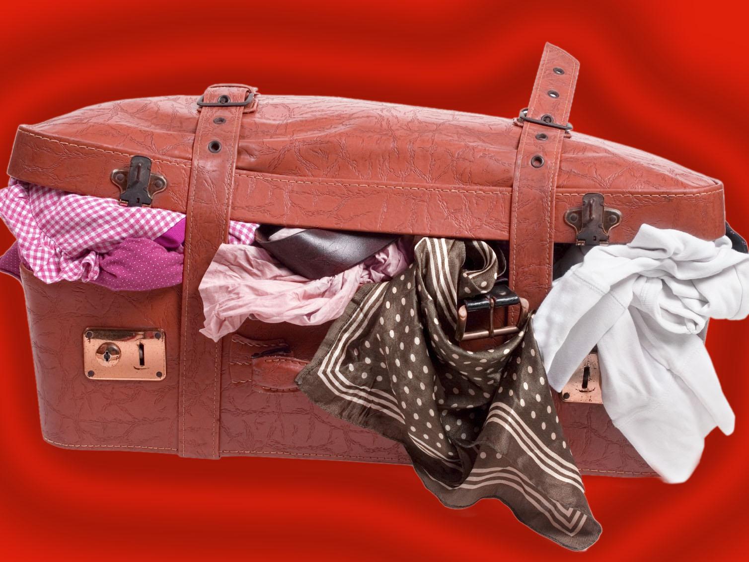 soñar con maleta de viaje