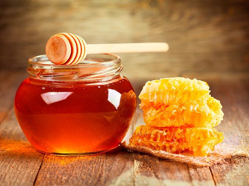 soñar con miel y abejas