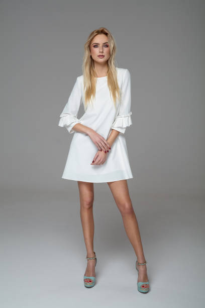 soñar con vestido blanco que numero juega