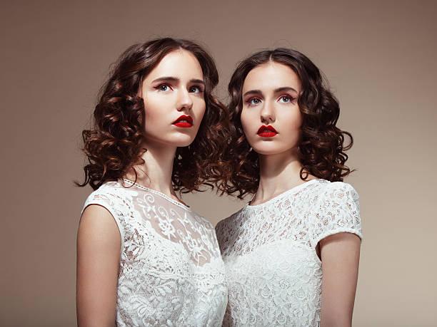 soñar a mujer con vestido blanco