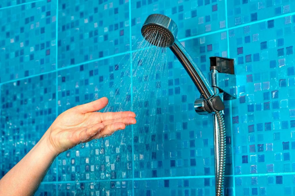 soñar con ducharse con agua fria