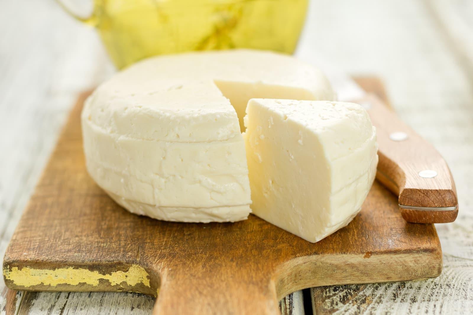 soñar con queso amarillo