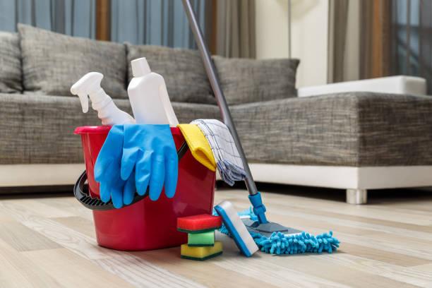 soñar con limpiar suciedad