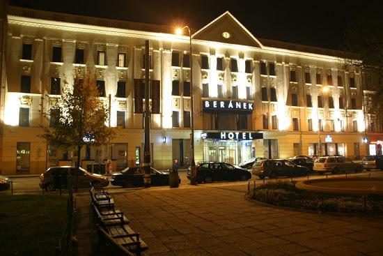 soñar con hotel euroresidentes