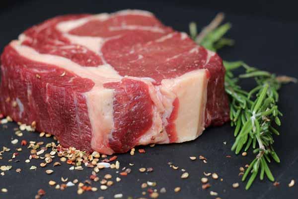 soñar con carne de cerdo