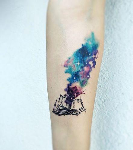 soñar con tatuajes en las manos