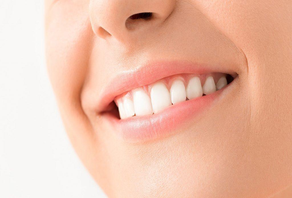 que es soñar con dientes blancos