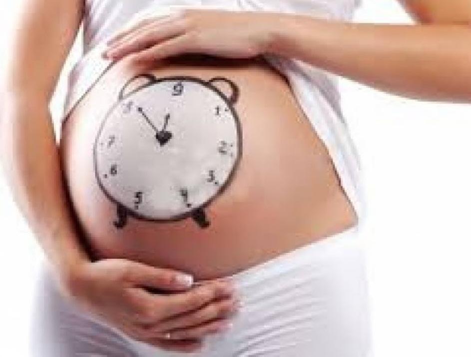soñar a alguien con embarazo