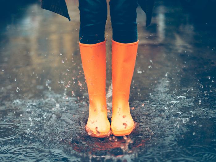 soñar con lluvia y mojarse